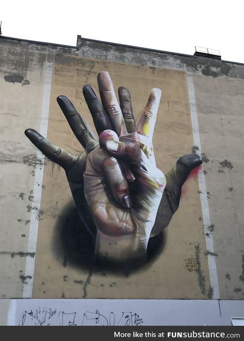 Very cool 3D effect painting in Berlin, Germany