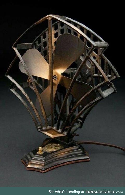 A desk fan from the 1930s