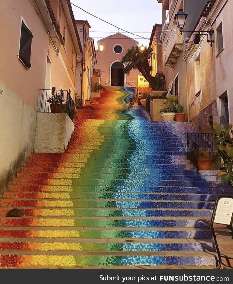 This rainbow staircase is neat