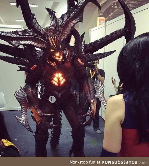 Awesome Diablo 3 cosplay