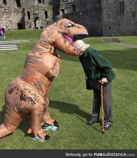 ????Grandma got munched on by a t-rex, walking home from Hogwarts Labor day...????