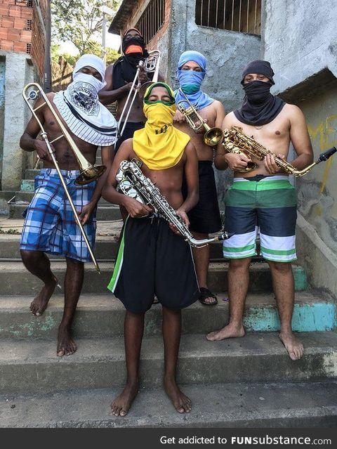 Favela art !