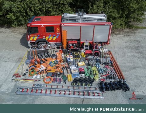 To the person that showed what is inside a fire truck, this is the dutch version
