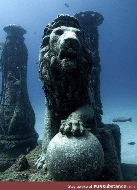 Cleopatra's underwater palace in Egypt