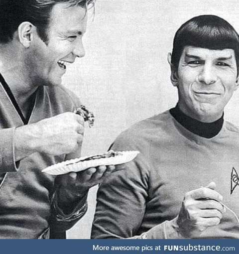 Even Klingon need to eat. Star Wars set, circa 1961