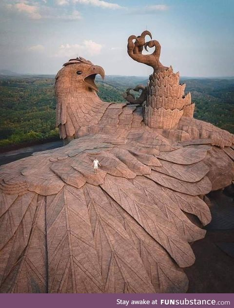The largest bird sculpture on Earth. The artist spent 10 years creating this 200 foot