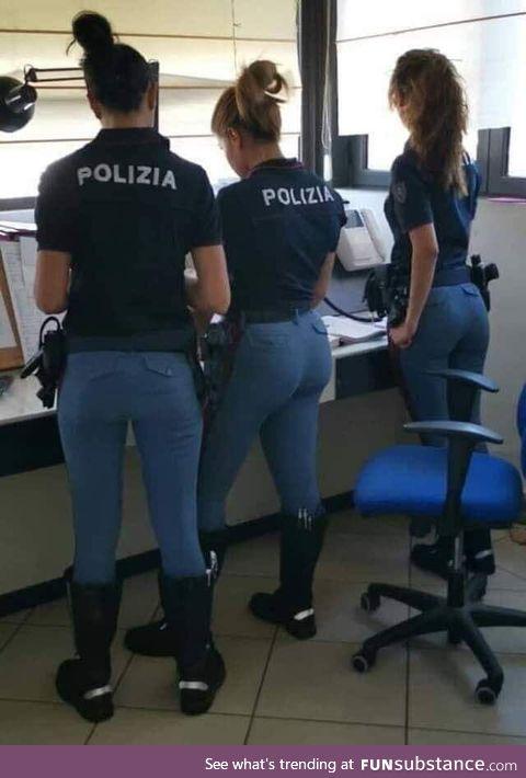 F*ck the police italian version