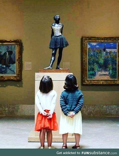 The silent dialogue of art