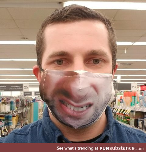 Decided to try and get one of those custom face-masks... It didn't turn out so good