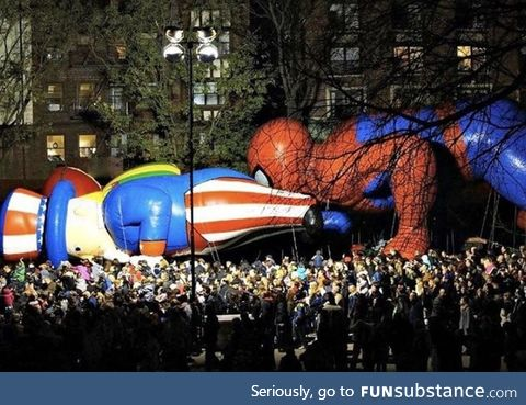 Spider-Man eating Uncle Sam's ass for Thanksgiving