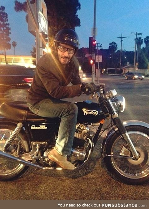 Meeting Keanu Reeves at a traffic light