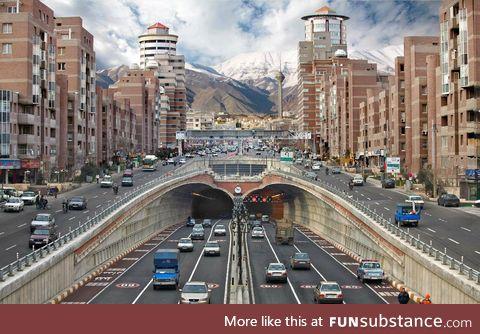 An Iranian street (Tehran)