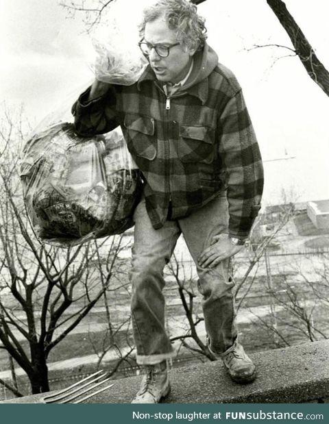 Bernie Sanders picking up trash at Battery Park in 1981