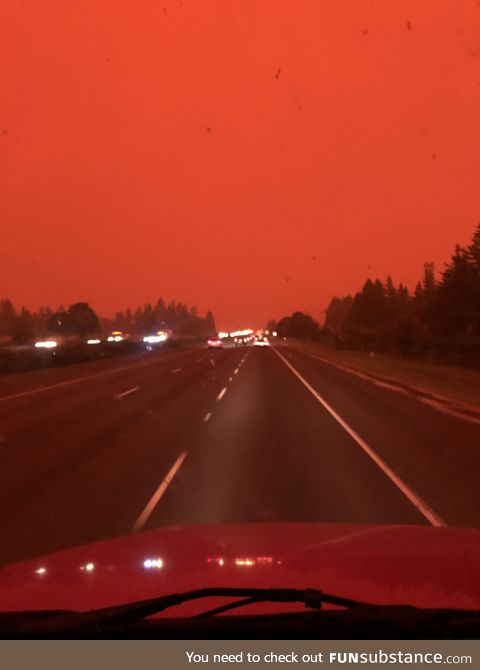 Red Sky Due to Smoke From Oregon Wildfires