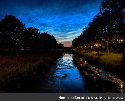 Noctilucent clouds over the Netherlands