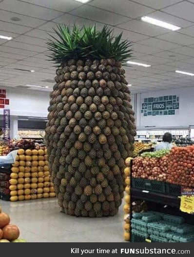 What a great way to sell pineapples
