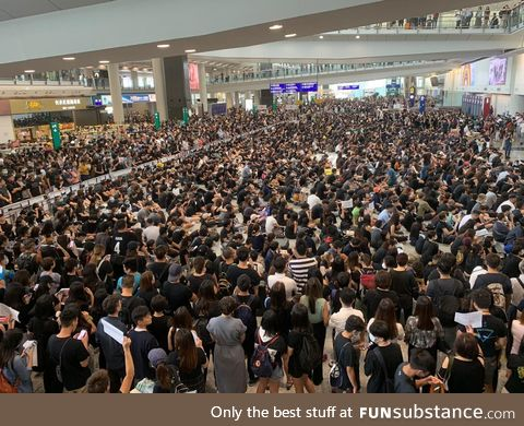 Hong Kong Protesters Occupy The Airport - All Flights in and out cancelled