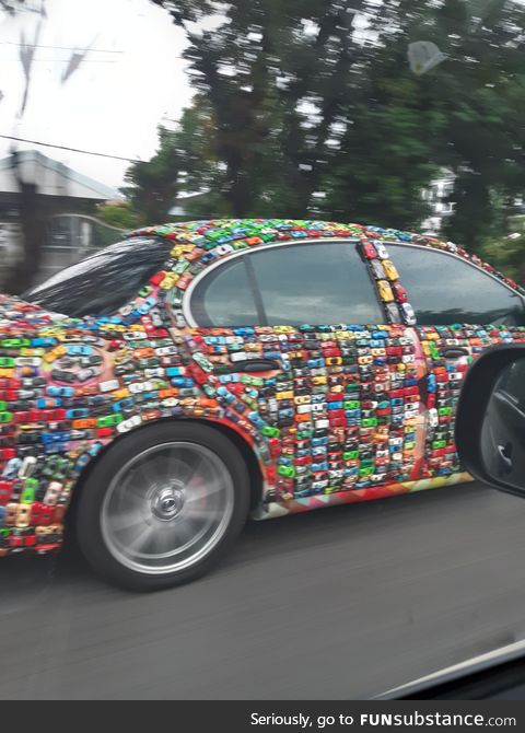 This car drove passed us. Deadass thought its just the skin. Its cars. Tiny cars
