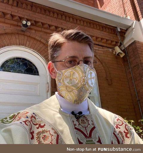 Holy mask !!!