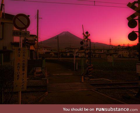 Mt fuji pink sky
