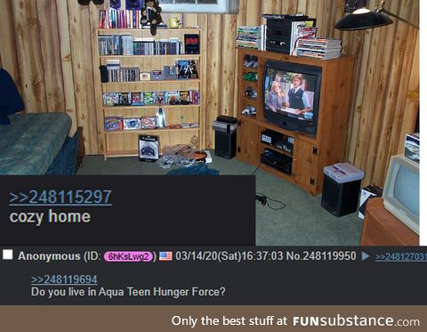 Anon shows off his cozy home