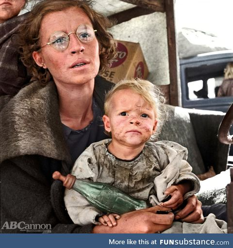 I colorized this portrait by Dorothea Lange of a Mother and Child during The Great