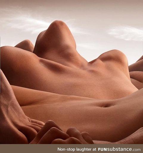 Sand nudes