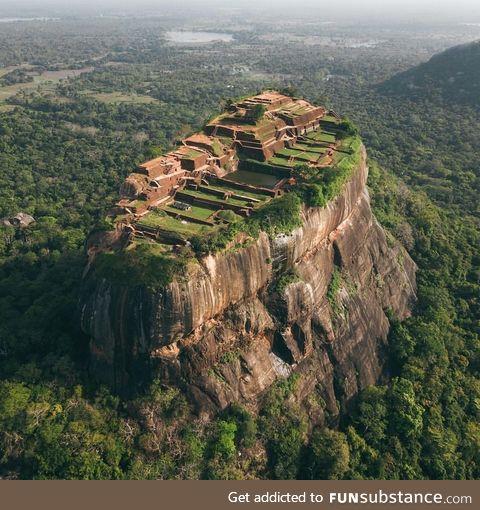 Sigiriya is perhaps Sri Lanka's single most dramatic sight