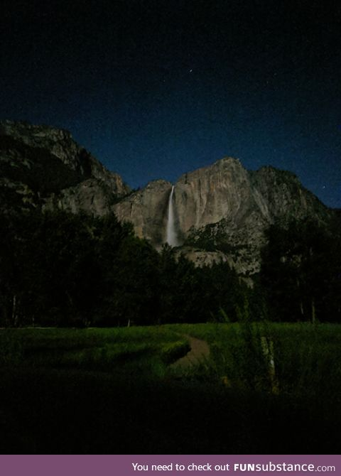 Got to Yosemite late on Friday, had a full moon and decided to see how well night site on