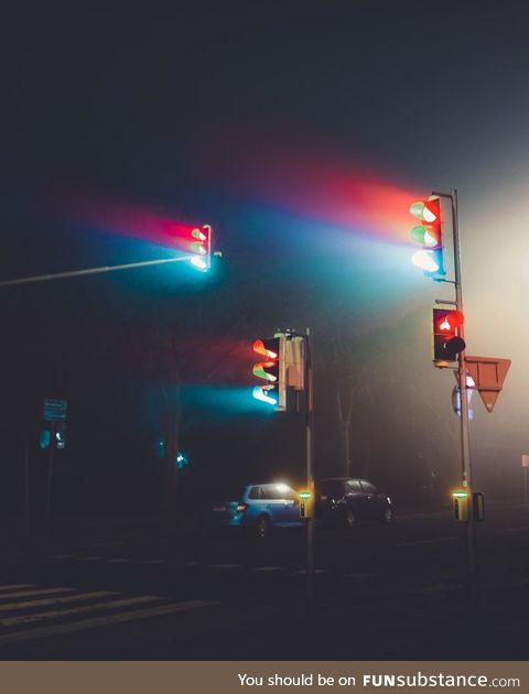 The traffic lights yesterday at midnight