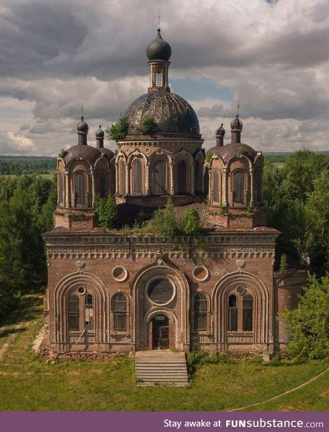 Abandoned churches of Russia