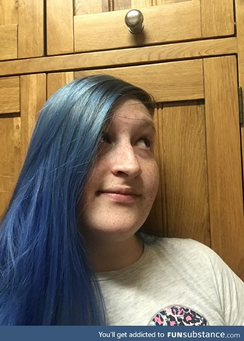 It's my birthday today muchachos, and I have dyed my hair.