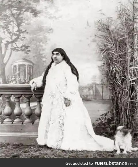 Meet princess Anis al-Doleh. She had over 150 princes wanting to marry her out of which